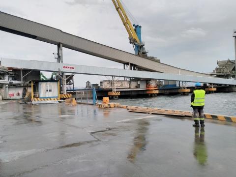 Rota Liman Hizmetleri A.Ş. Sahip Olduğu 1.200 X 105.000 mm Liman Çimento Nakil Konveyörü Yarımca / Kocaeli Limanına Çalışır Halde Teslim Edilmiştir.