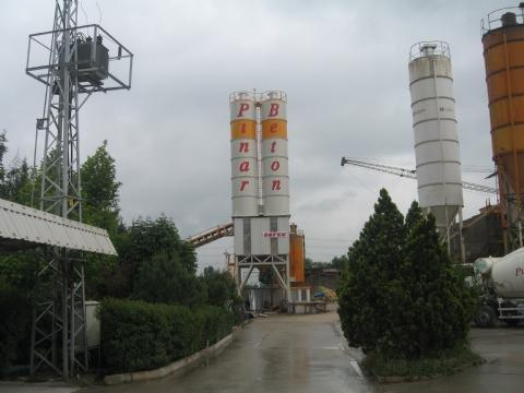 Pınar Beton Ltd. Şti.'nin Sahibi Olduğu 120-130 m³/saat Yaş Sistem Sabit Hazır Beton Santrali (2 Silolu) Yenişehir / Bursa Şantiyesinde Üretime Başlamıştır.