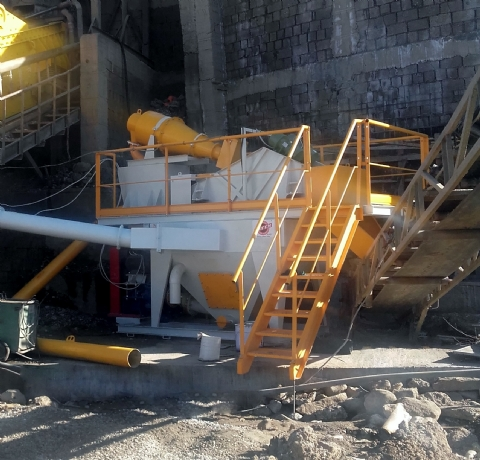 A Beton A.Ş 'nin. Sahip Olduğu 60 t/h Besleme Kapasiteli Kum Yıkama Ve Susuzlandırma Tesisi Adana Şantiyesine Teslim Edilmiştir.